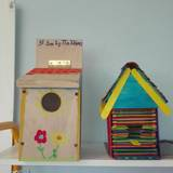 Φωλιές για πουλιά από τα παιδιά της Ε' τάξης του Σχολείου μας. Πράξη για το περιβάλλον μας!!